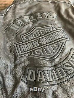 Harley Davidson Men's Bar & Shield Flame Leather Jacket Size Large Armor Pockets