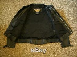 Harley Embossed Spell-Out / Bar & Shield Leather Jacket Mens Size XL 97009-04VM