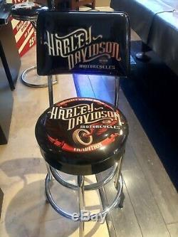 Mint Authentic Harley-Davidson Vintage Bar & Shield Bar Stool with Backrest