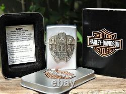 Zippo Lighter Harley Davidson Fuel Tank Surprise Bar and Shield 205HD H325