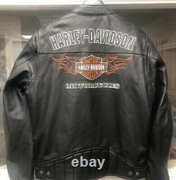 Harley Davidson Bar En Cuir Moyen Et Veste De Flames De Course Shield