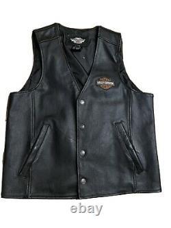 Harley Davidson Mens Large Stock Leather Vest 98150-06vm W Bar Shield Broderie